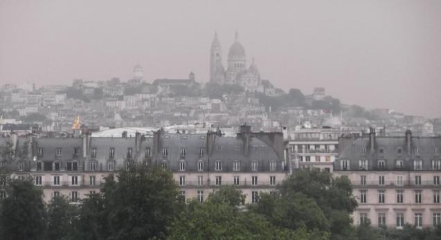 Foggy Sacré-Coeur