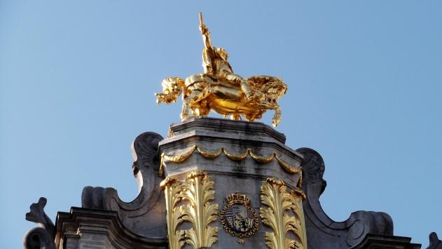 House No. 10, L' Arbre d' Or