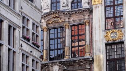 House No. 19, La Bourse