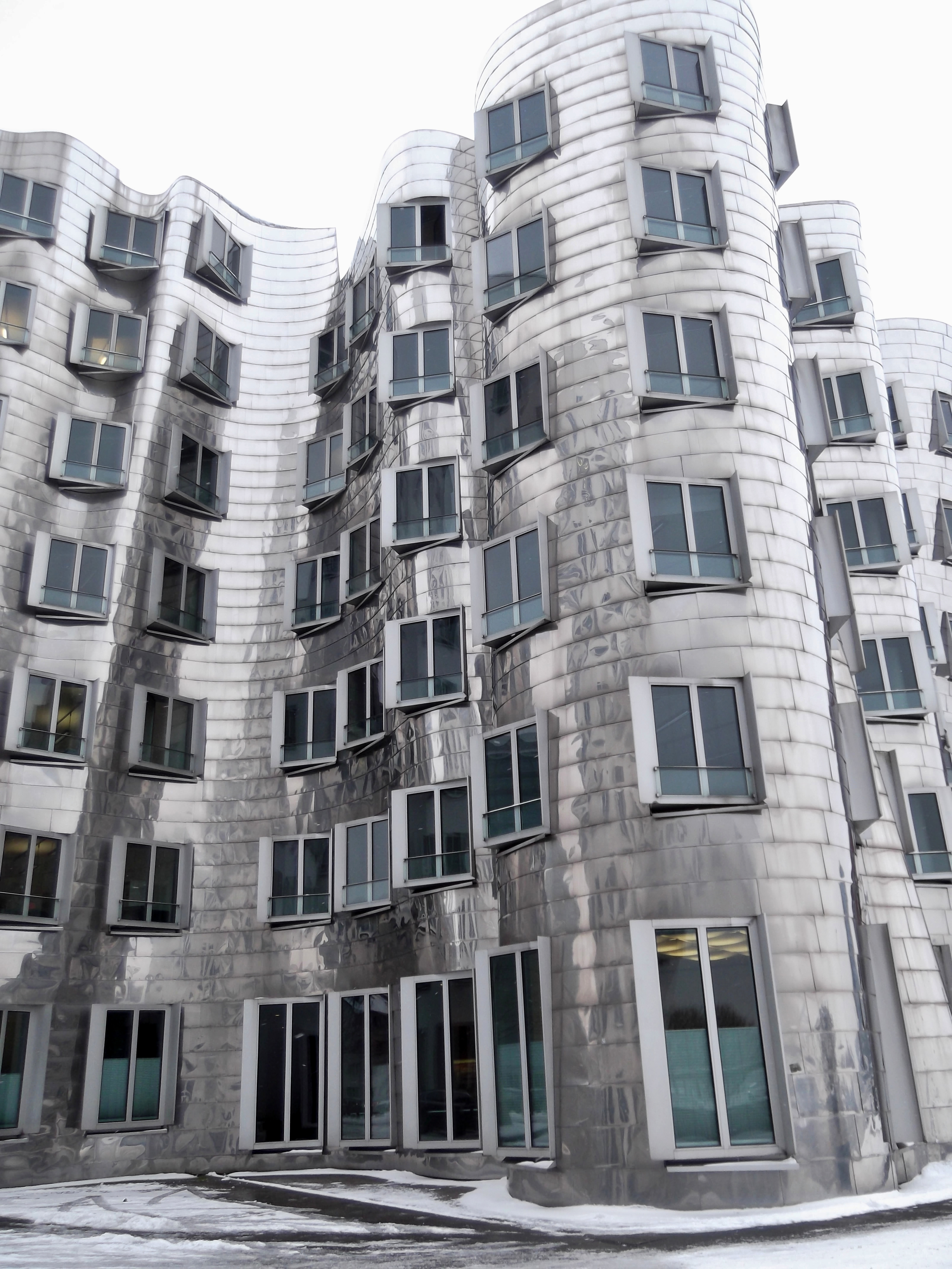 Frank O Gehry Architecture In D 252 Sseldorf Germany