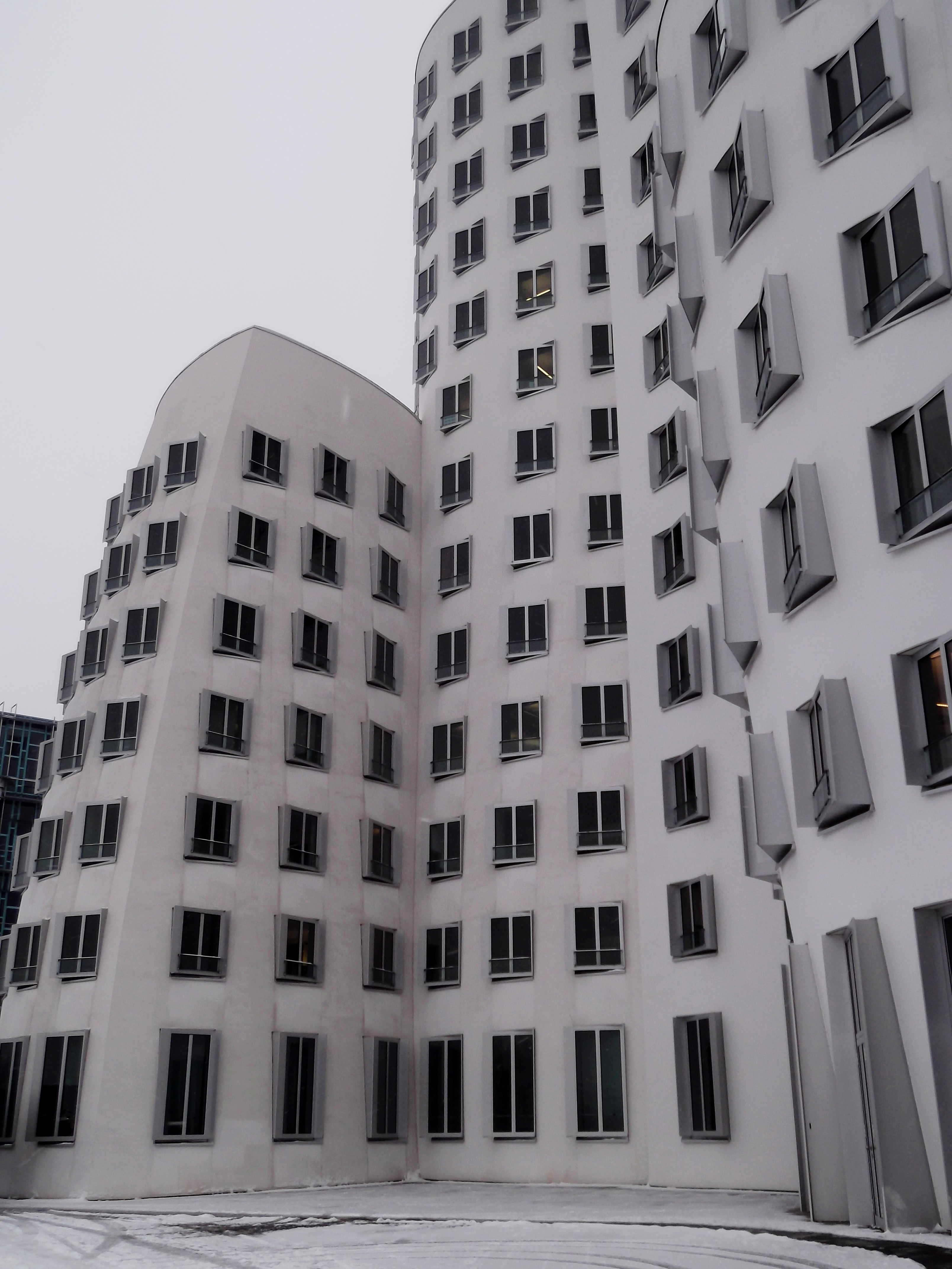 Frank O Gehry Architecture in Dsseldorf Germany