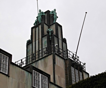 Tower with bronze sculptures by Franz Metzner