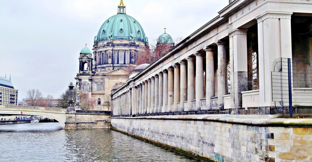 Colonnade Courtyard, Friedrich Bridge and Berlin Cathedral